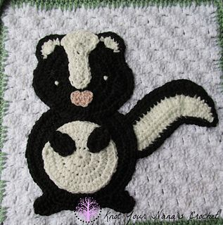 This is one of 12 Appliques needed to complete the Woodland Blanket.