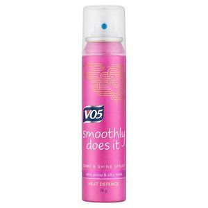 VO5 Smoothly Does It Tame & Shine Spray 100ml
