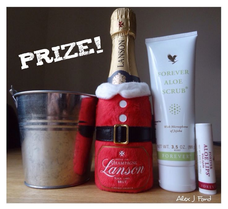 Win this prize! All you have to do is order through my online store over the value of £20, between 20 November and 15th December 2016 and you have a chance of winning this prize! 😊 the store link is in my bio ⭐️  #business #prize #ad