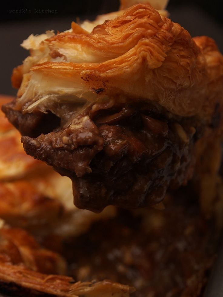 Steak and Guinness Pie - Sonik's Kitchen | Recipe in 2020 ...