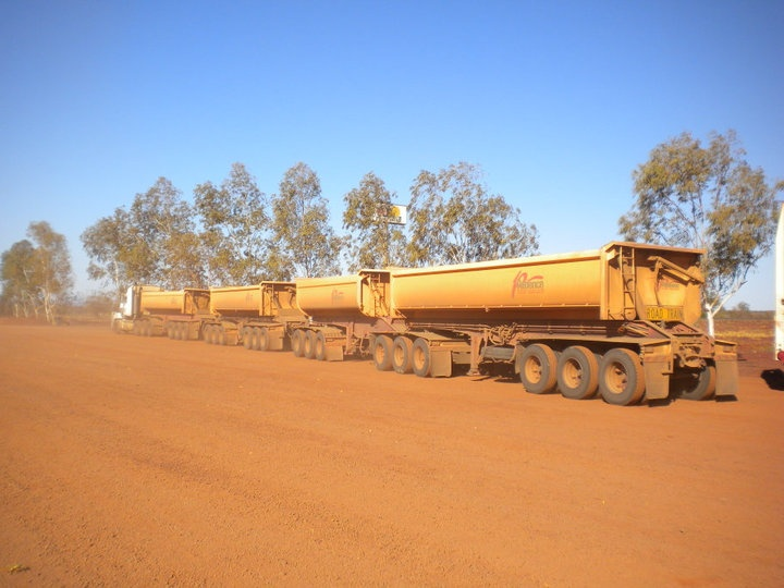 Road Trains... Huge trucks