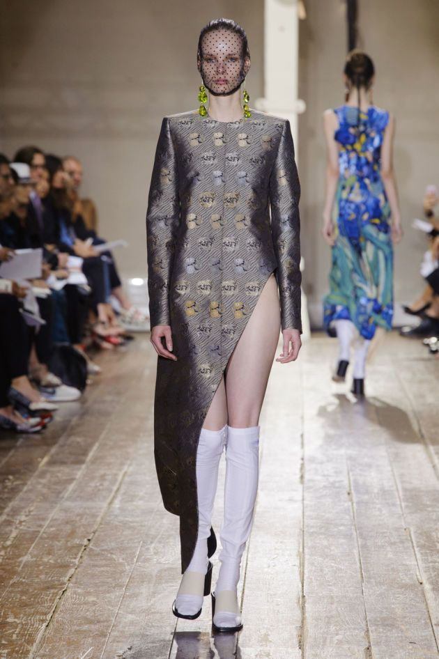 Giant Prawns and French Francs Sparkle at Maison Martin Margiela Couture - Fashionista