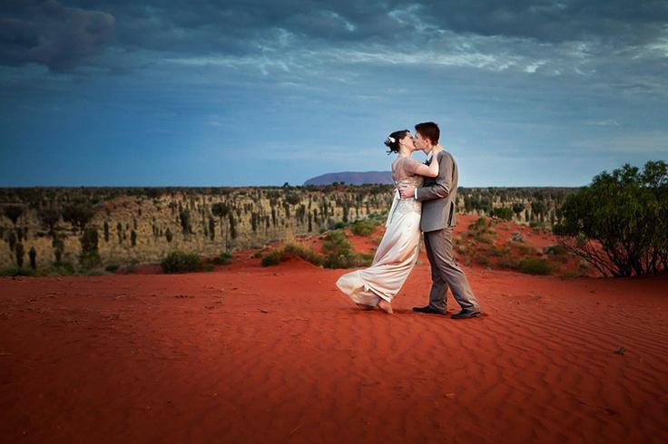 Wedding photography Ayers Rock