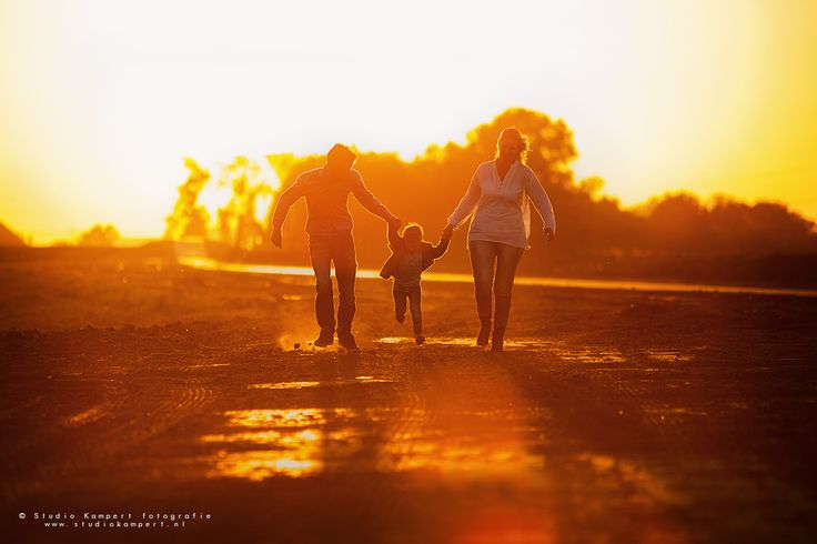 Golden Hour Photoshoot Family beautiful light