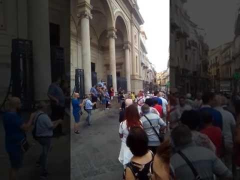 Battenti Visciano festa S.Maria del Carpinello Piazza Duomo Nola 24/7/2017