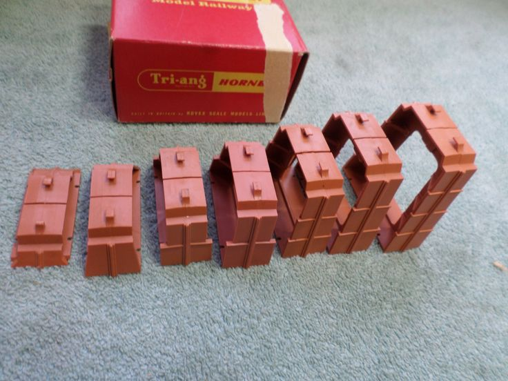 Triang Hornby R.457 Boxed Set Of Inclined Piers Free Post Worldwide by RoseCollectable on Etsy
