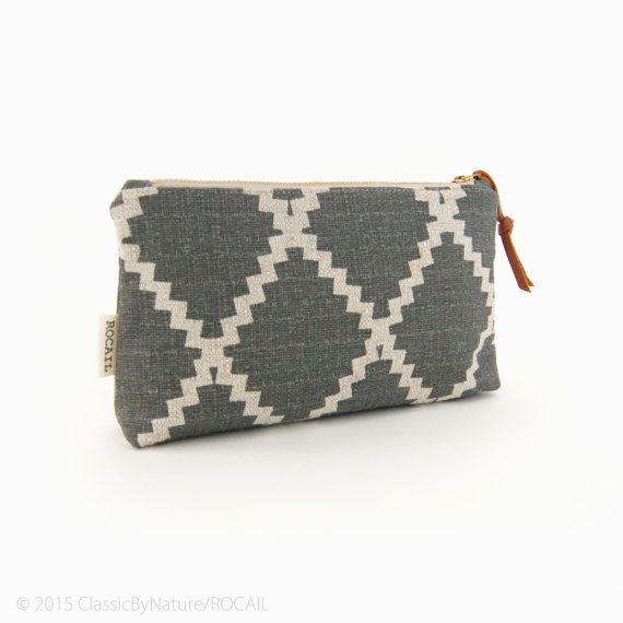 Diamond zipper pouch in grey and natural beige by ClassicByNature