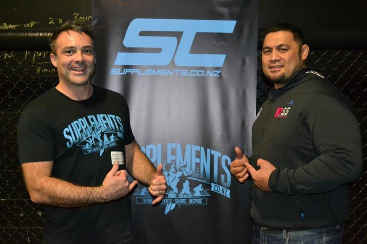 Supplements.co.nz owner Jason Dunhill hanging out with UFC fighter Mark Hunt