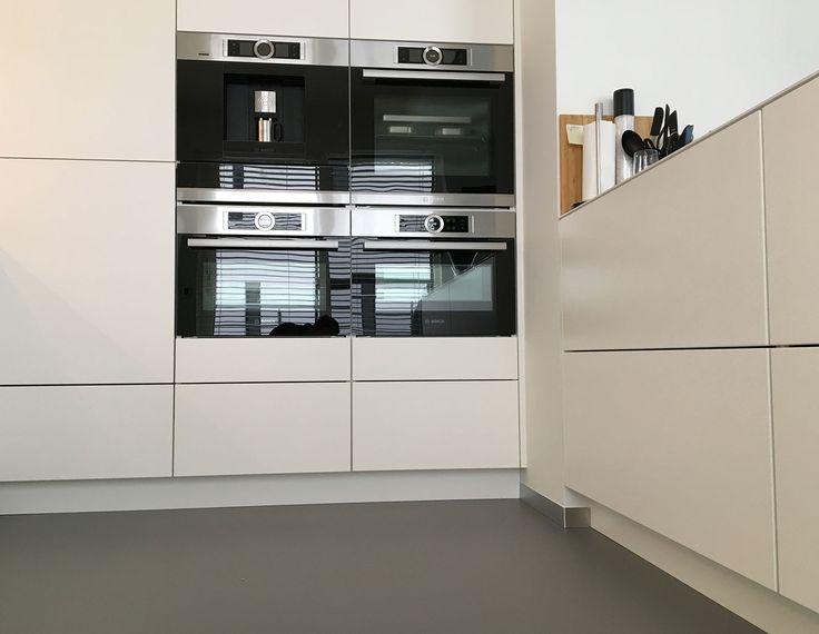 Gietvloer keuken Lommel, strak, modern, vloeren