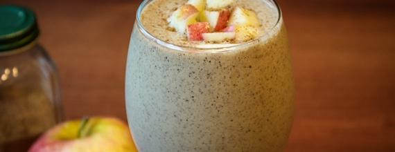 Apple, Cinnamon & Oatmeal shake #wildrose (no protein powder)