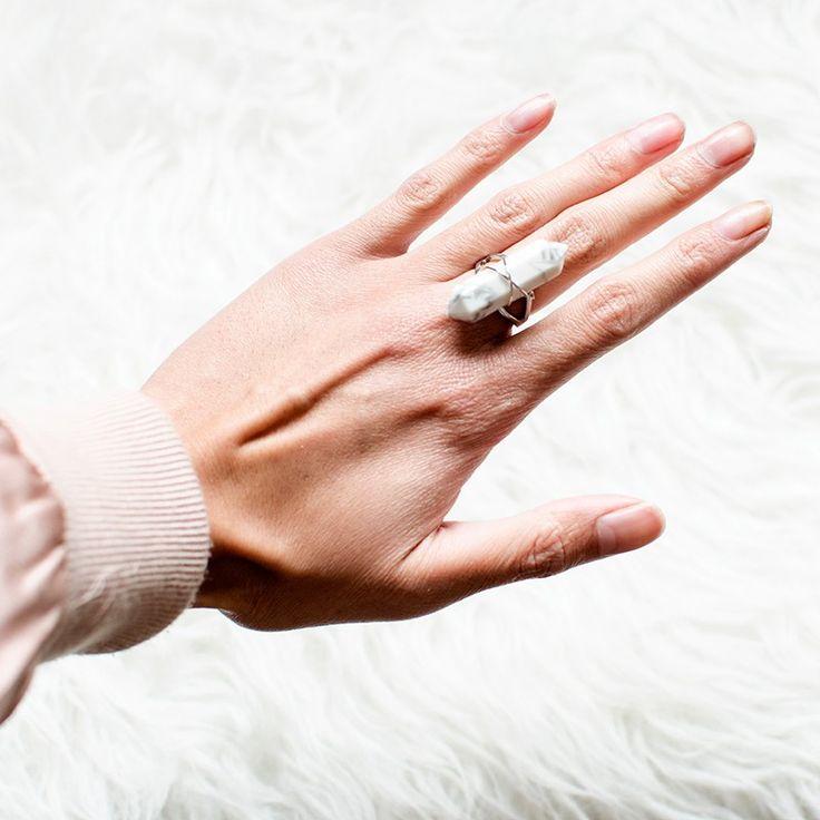 "Gemstone ring ""Howlite"""