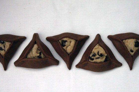 chocolate chip cookie stuffed chocolate hamantaschen | withloveandcupcakes.com