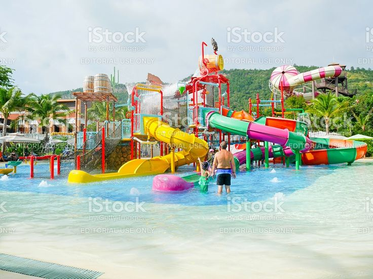 People enjoy playing at water park in Scenical World royalty-free stock photo