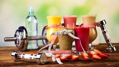 Für ein festes Bindegewebe und starke Faszien sind Lebensmittel mit viel Vitamin C und Lysin in Kombination mit Sport ideal.