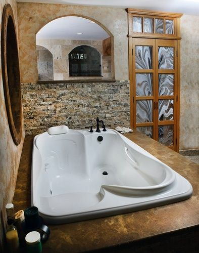 A bath tub built for two, this is the best thing ever!!!