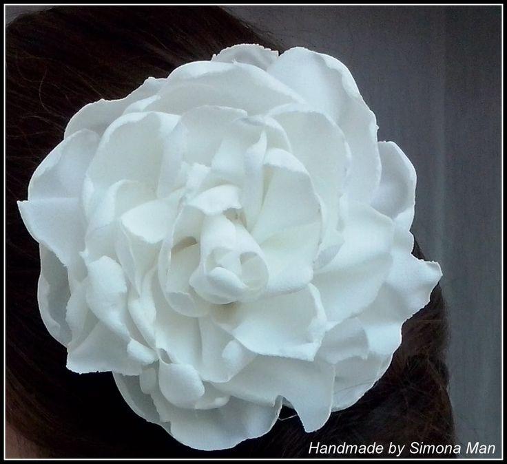 Accesorii pentru par cu flori textile / Accesories with handmade fabric ...