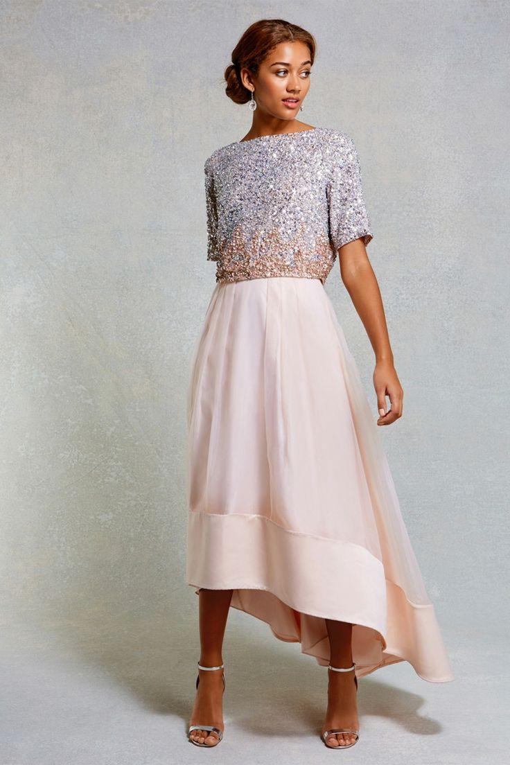Choose wedding dress in pink dress for registry