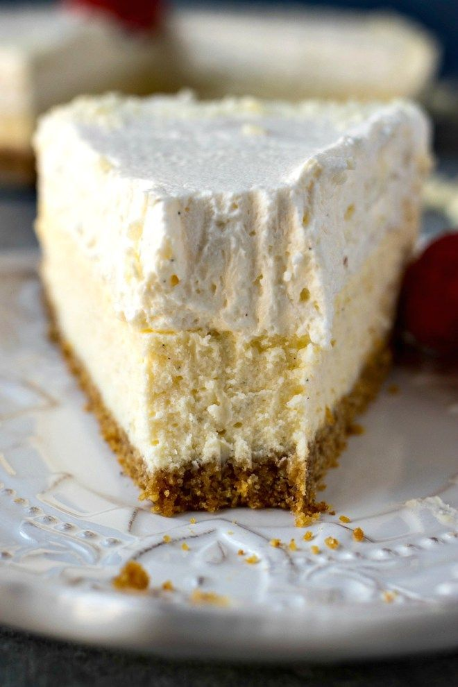 Must Try Vanilla Bean Cheesecake Made With Heavy Cream And Sour Cream Topped Sour Cream Recipes Vanilla Bean Cheesecake Cheesecake Recipe Without Sour Cream