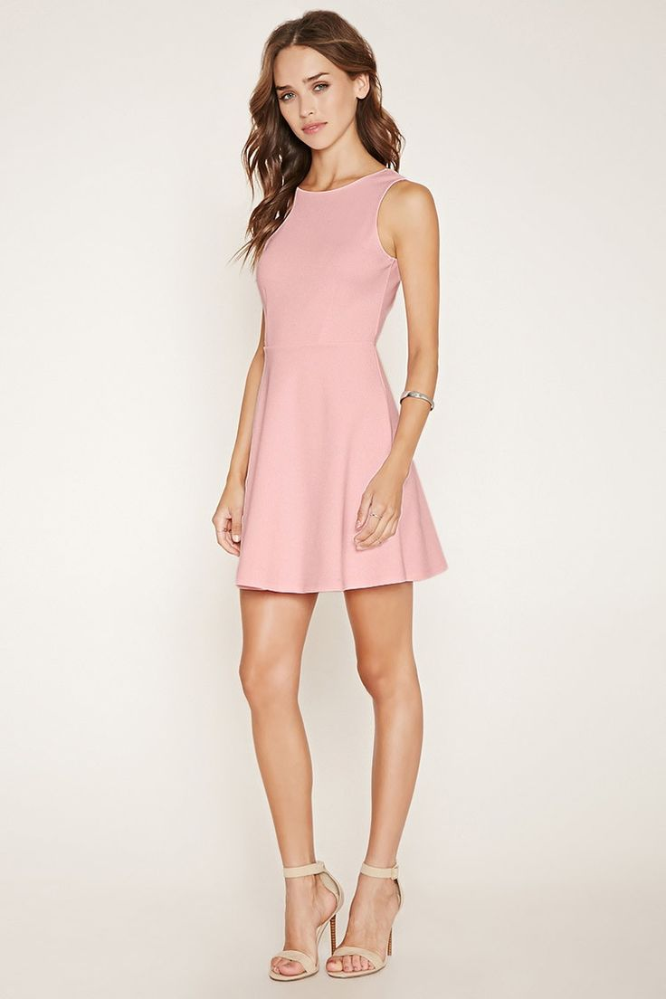 Light Pink V-Back Skater Dress - Forever 21 - Carolina Sanchez 2