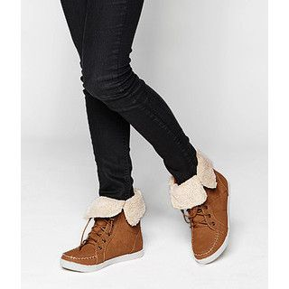 Buy 'yeswalker – Fleece Trim Short Boots' at YesStyle.com plus more Hong Kong items and get Free International Shipping on qualifying orders.