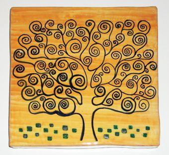 #Piastrella in #ceramica realizzata a mano con la tecnica della #maiolica. Ispirazione all'albero della vita.