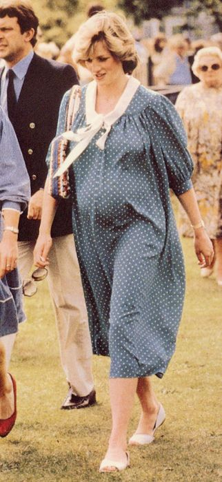 *PRINCESS DIANA ~ pregnant with Prince William
