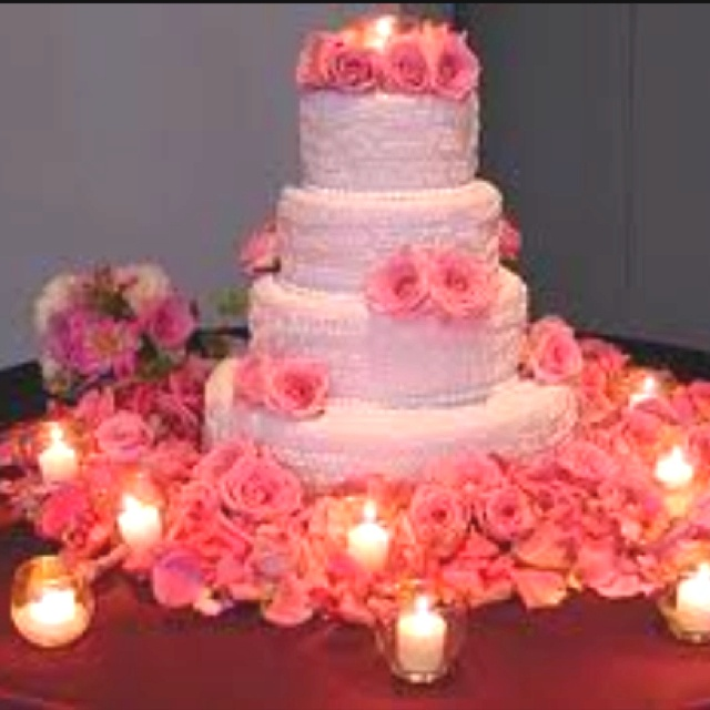 24 best images about cake table decor on pinterest cake for Wedding cake table decorations