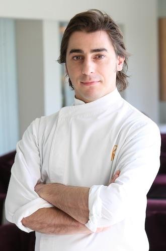 chef uniform - Jordi Roca