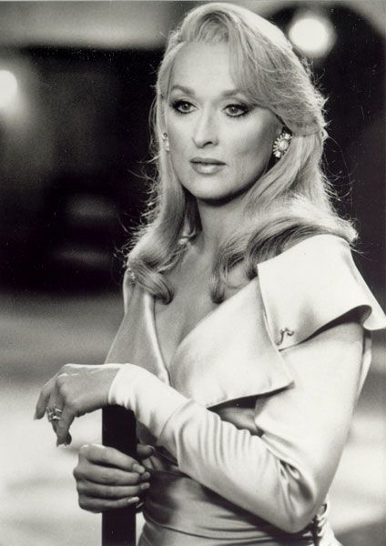 Meryl was so funny, at her comedic best, in this film 'Death Becomes Her'.