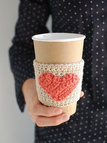 Natural coffee cup cozy with Coral heart by The Cozy Project by Thecozyproject
