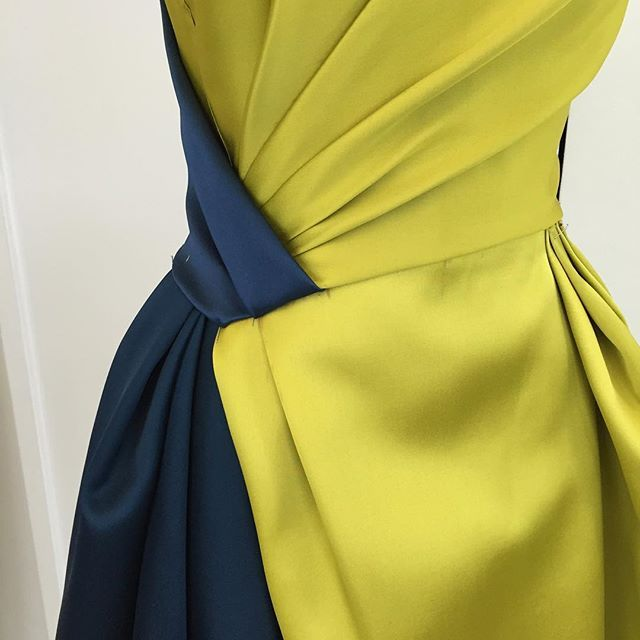 Draping detail tonight in the atelier ... #OMGilles