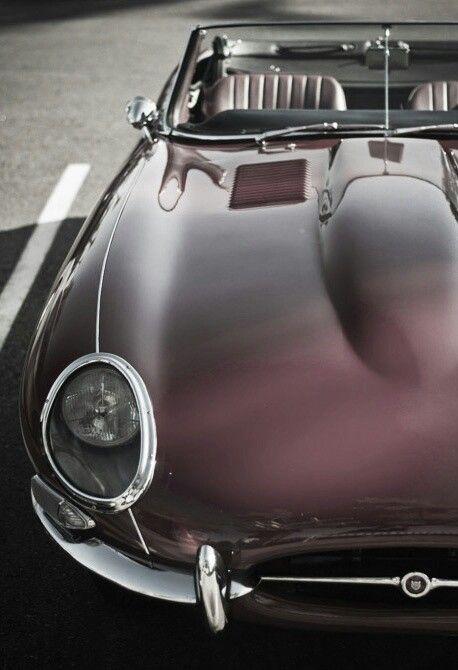 Jaguar Vintage... racing car.... just beautiful? Vintage timeless cLassy