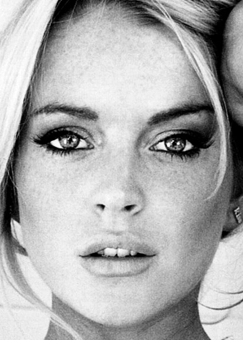 """My life motto: Live in the moment."" Lindsay Lohan.. I always thought she was so pretty"