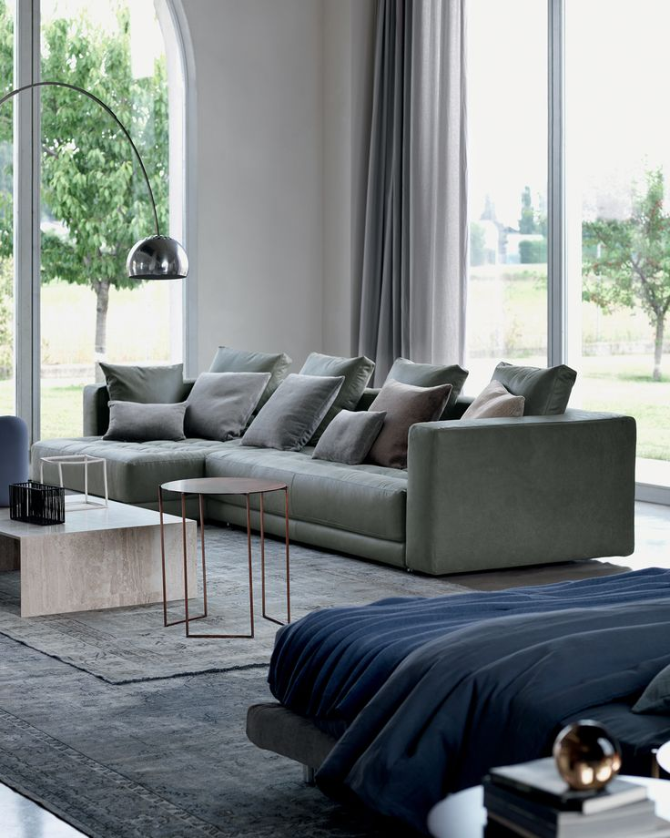 ll massimo della comodità per essere comodi sia da seduti che sdraiati. Design by Rodolfo Dordoni http://www.flou.it/it/mood2014/dozesofas Get into a comfortable position, either sitting or lying down.