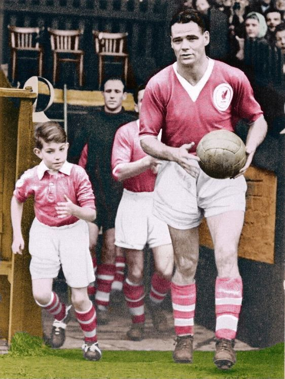 ♠ Billy Liddell (10 January 1922 – 3 July 2001) was a Scottish footballer, who played his entire professional career with Liverpool. He signed with the club as a teenager in 1938 & retired in 1961, having scored 228 goals in 534 appearances