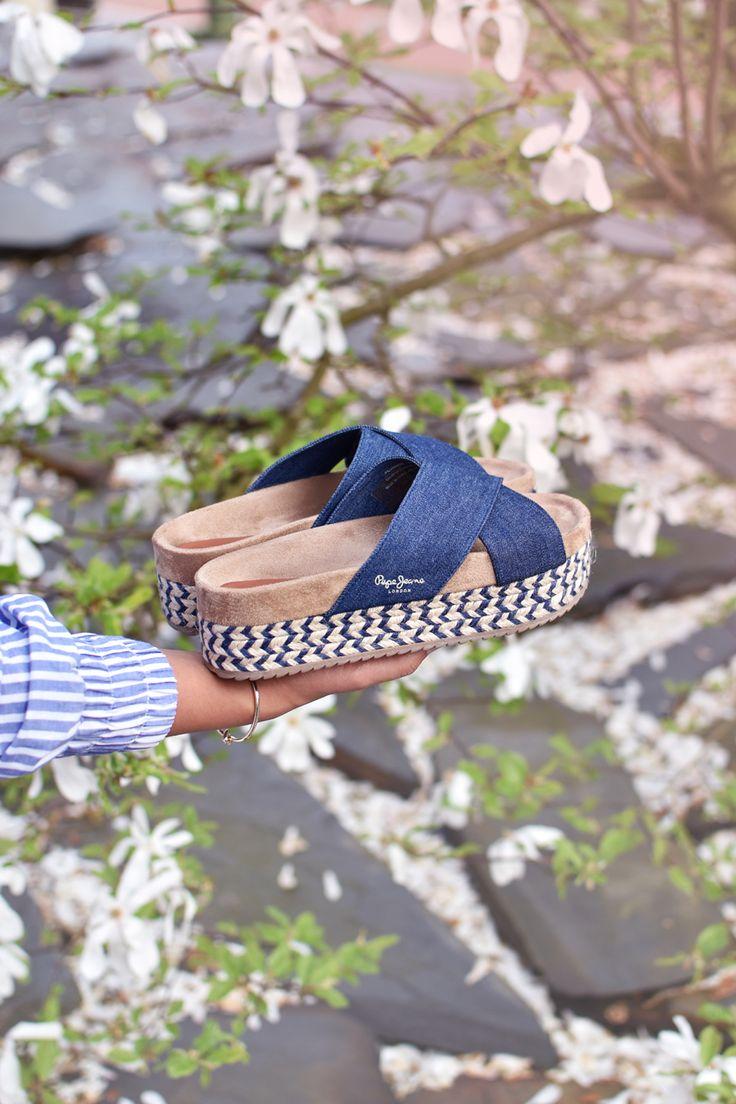 Denim platform sandals by @pepejeans / #pepegirls #pepejeans pepe jeans, sandals, spring sandals, platform