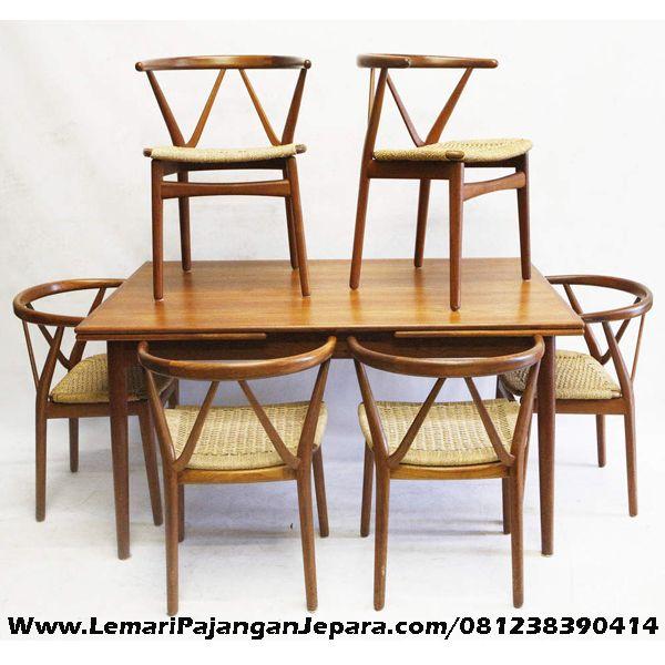 Jual Set Meja Makan Kursi Cafe Model W desain Kursi Cafe Unik dengan Kombinasi Rotan sebagai Tempat Duduk model lain Meja Makan Kursi Cafe Silang