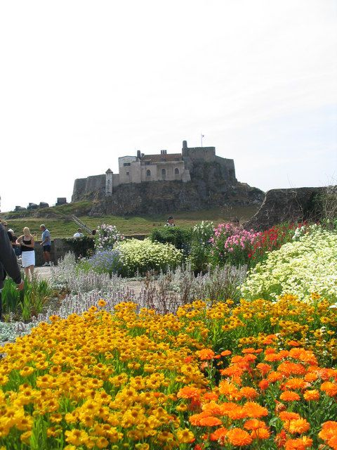 44 best images about sir edwin lutyens on pinterest Children and gardens gertrude jekyll