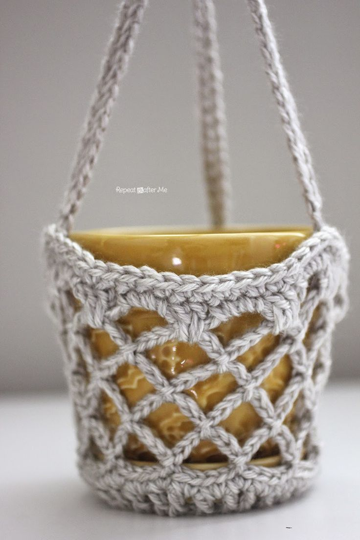 Repeat Crafter Me: Crochet Flower Pot Hanging Basket