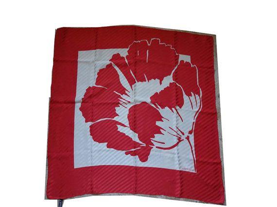 authentic Valentino vintage silk scarf di Leschosesdemanu su Etsy