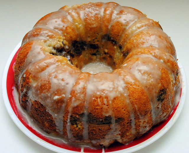 Sour Cream Coffee Cake | Desserts I Want To Make | Pinterest