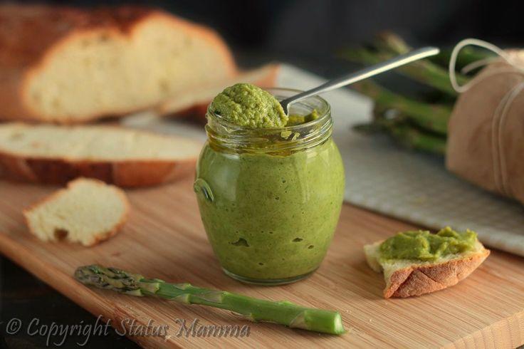 Pesto di asparagi semplice ricetta vegetariana ricetta semplice veloce stiva facile con verdure vegetariana vegana primo antipasto condimento secondo Statusmamma gialloblog