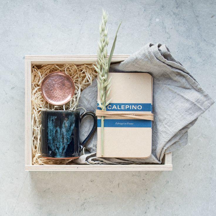 Luxury Hamper - Luxury Gift Box - Handmade Gift Box - Birthday Gift Box - Men's Gift Box - Personalised Gift - Unique Gift Box by InkaLondonGifting on Etsy https://www.etsy.com/uk/listing/278131680/luxury-hamper-luxury-gift-box-handmade