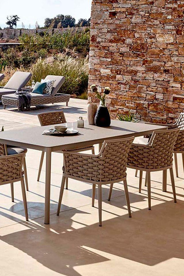 Zeitlos Elegante Dininggruppe Von Outliv Dining Outdoor Garten Gartemoebel Gartentisch Gartenstuhl Gartenmobel Gartentisch Aussenmobel