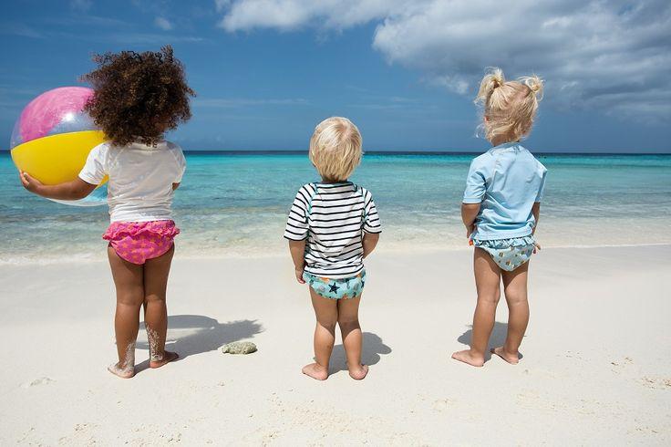 Leuke hippe zwemkleding voor baby's & kids. Met uv bescherming en zwemluiers inbegrepen.