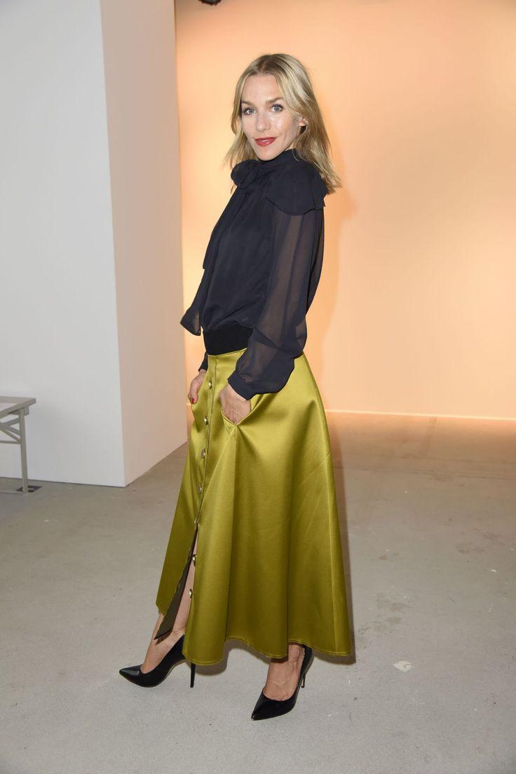 #Berlin, #Fashion Julia Dietze – Dorothee Schumacher Show – Mercedes Benz Fashion Week in Berlin 07/06/2017 | Celebrity Uncensored! Read more: http://celxxx.com/2017/07/julia-dietze-dorothee-schumacher-show-mercedes-benz-fashion-week-in-berlin-07062017/
