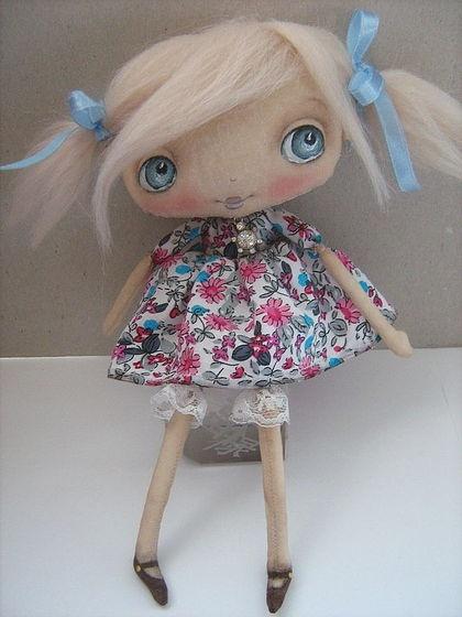 Muñecas hechas a mano perfumada.  Masters - Feria artesanal Sue ...))).  Hecho a mano.