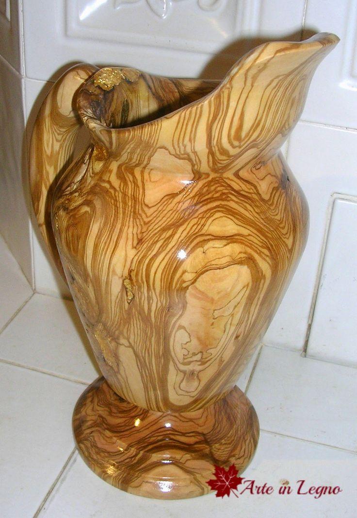Arte in Legno: Brocca in ulivo