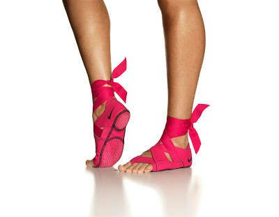 Stylishly Wrapped Workout Socks- can't wait to get these for Pilates! Nike Studio Wrap