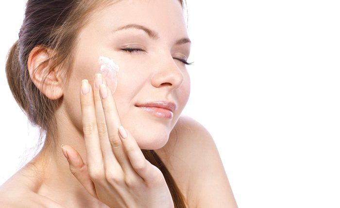 Have you heard of the TCA chemical peel? Here's a run down of all its benefits and the possible side effects that usually come with any skin technique of this kind.